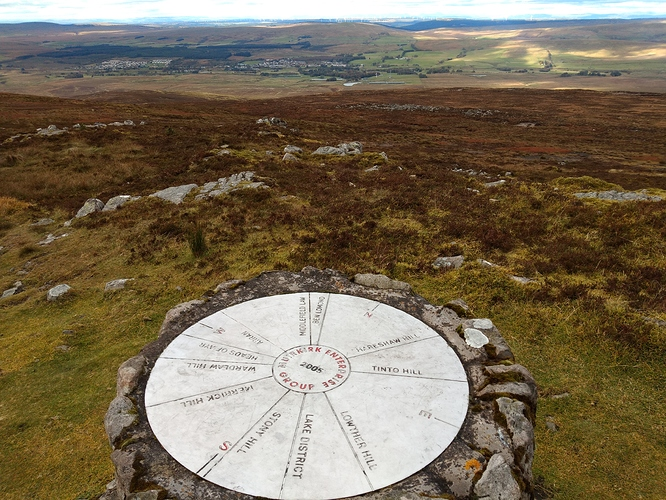 SS-120 Cairn Table-3
