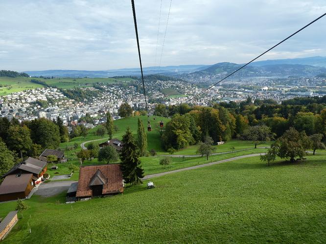 Pilatus_view_from_the_gondola