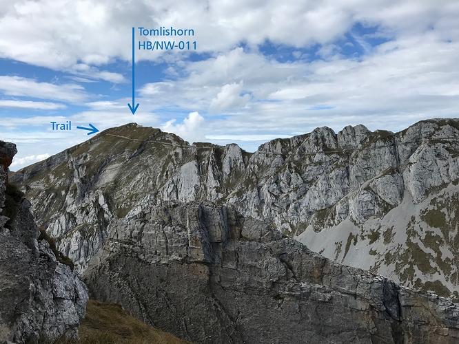 Pilatus_Tomlishorn_and_the_trail