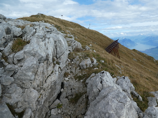 Pilatus_Matthorn_summit_view